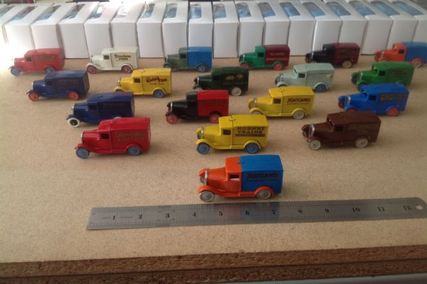 """Dinky Toys All White boxed models including Hornby Toys 28 Series Type 1 """"Special Edition"""" Delivery Vans Set"""